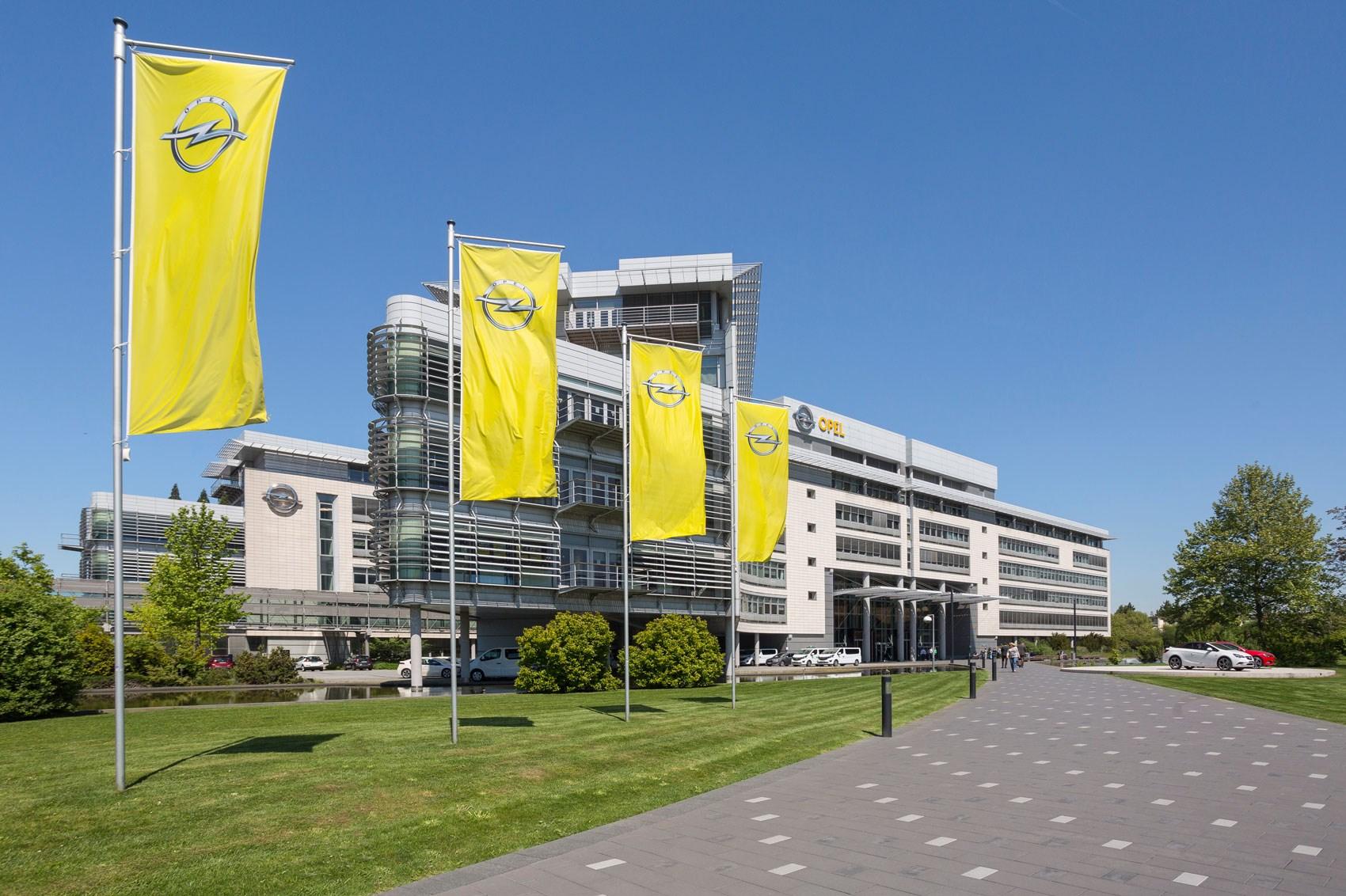 Opel ponovo smanjuje broj radnih sati u fabrikama