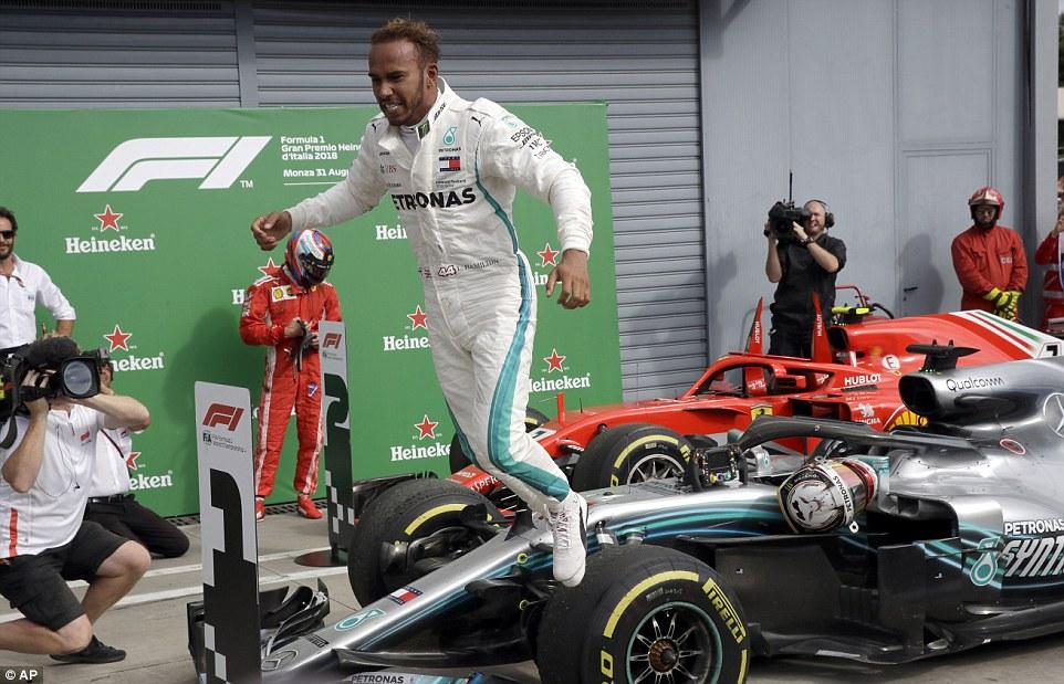 Mercedes taktički ponizio amatere iz Ferrarija u Monci