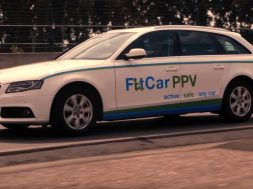 the-fitcar-ppv-is-a-car-with-bike-pedals-helps-you-burn-more-calories_3