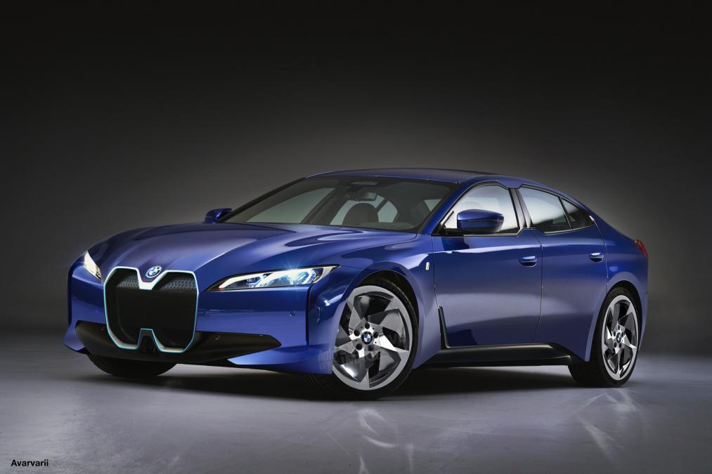 BMW i4 na scenu stupa 2021.