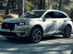1_ds-7-crossback-e-tense-4×4-003