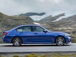 BMW-3-Series-2019-1600-18