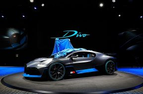 bugatti-divo-cuts-no-corners-at-the-paris-motor-show_56