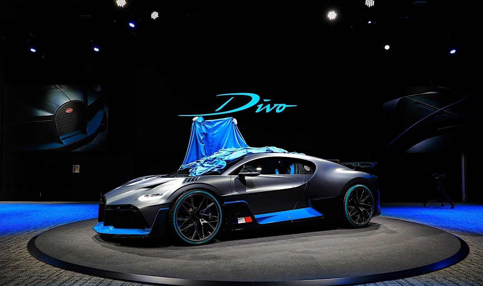 Bugatti Divo pleni u Parizu (galerija)