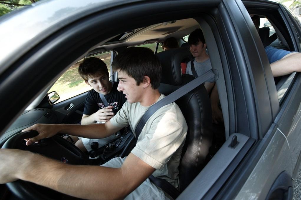 Istraživanje: Pubertetlijama ne dozvoliti vožnju u društvu vršnjaka
