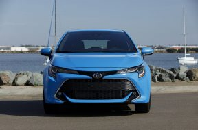 toyota-expected-to-debut-new-corolla-sedan-for-2020-model-year-129563_1