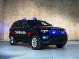 033c6e8a-181031_jeep_grand_cherokee_carabinieri_03-copy