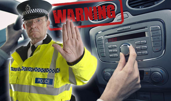 Pet najopasnijih i pet najbezbednijih pesama tokom vožnje