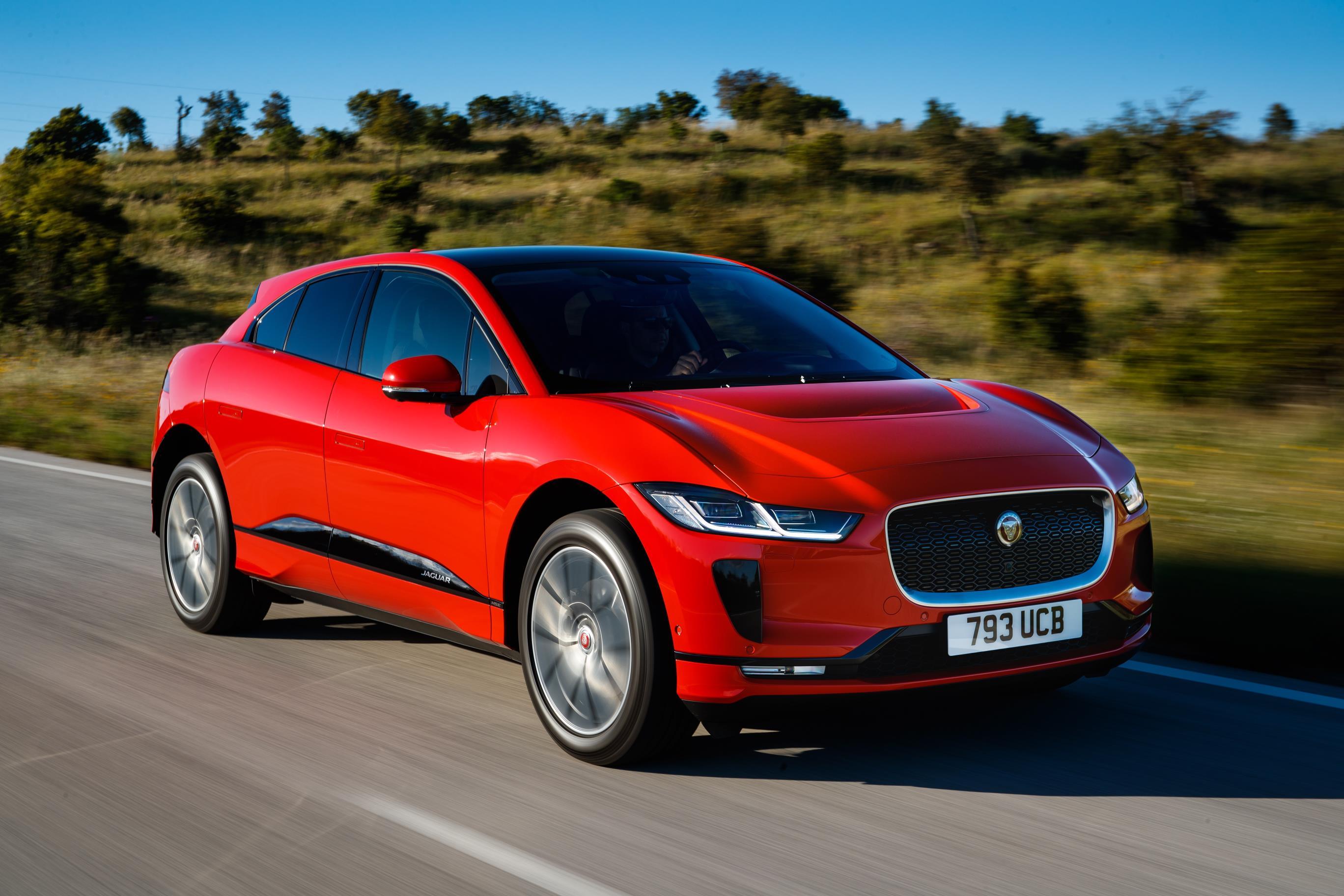 """Jaguar I-Pace se okitio još jednim priznanjem za """"automobil godine"""""""