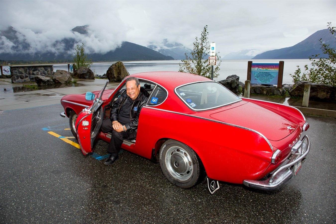 Umro je Irv Gordon – vlasnik legendarnog Volvoa P1800S (VIDEO)