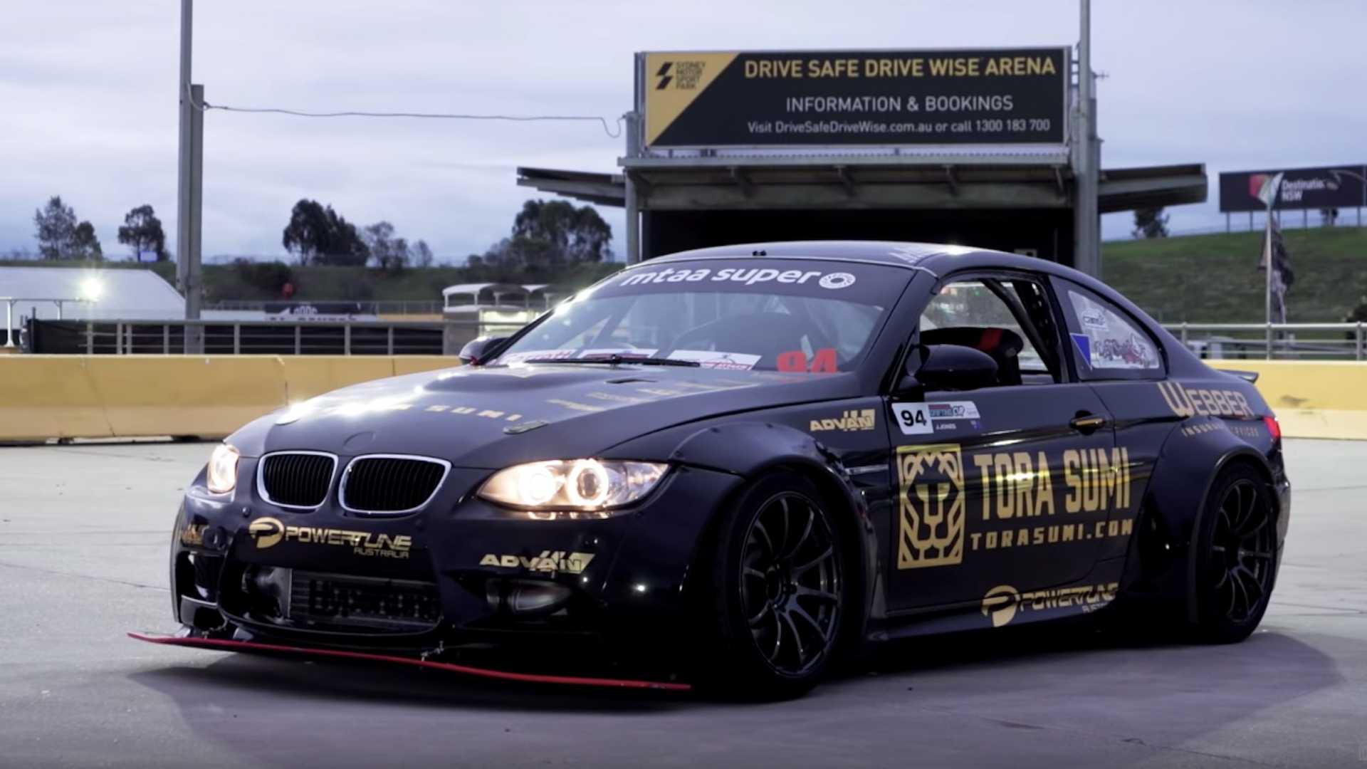 "BMW M3 sa ""srcem"" Nissana Skyline GTR  (VIDEO)"