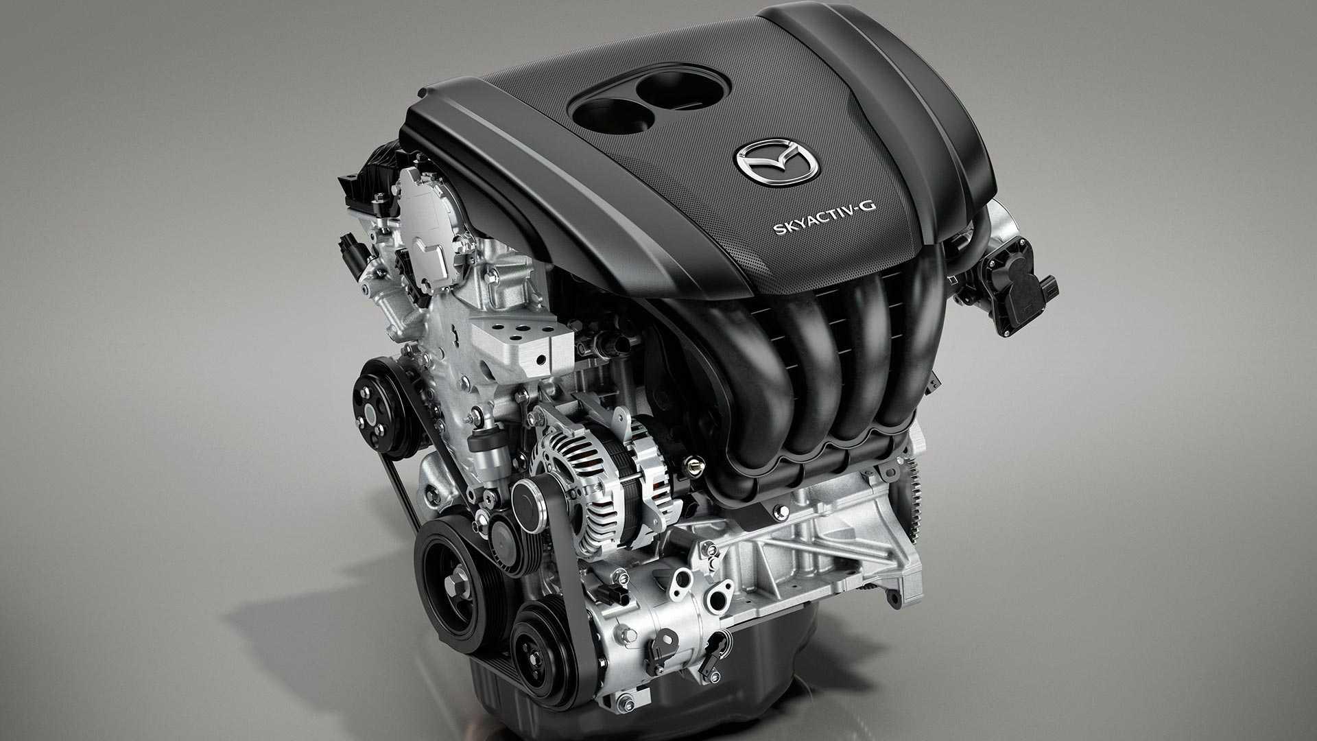 Mazda ostaje verna benzinskim i dizel motorima, kao i rotacionim