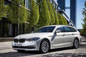 2017-BMW-520d-Touring-02