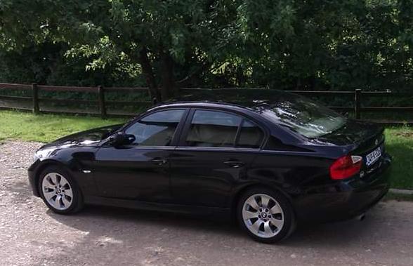 AR Doušnik: BMW započeo kampanju povlačenja vozila u BiH zbog rizika od požara