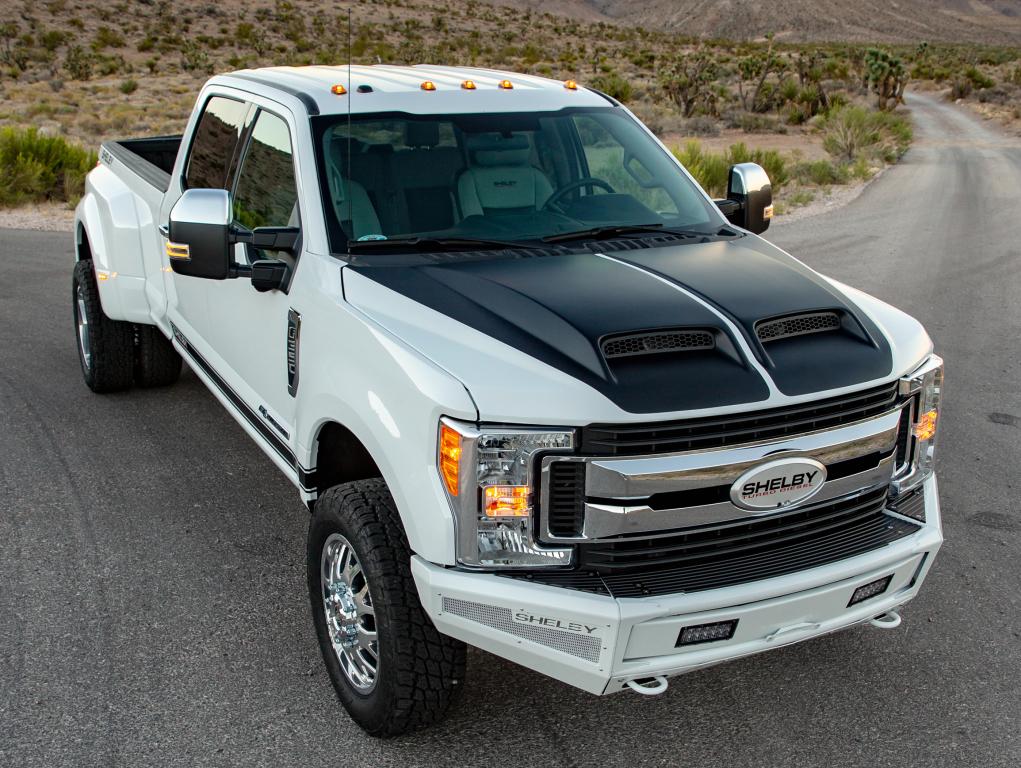 Ford debituje sa novom V8 jedinicom zapremine 7,3 litara?