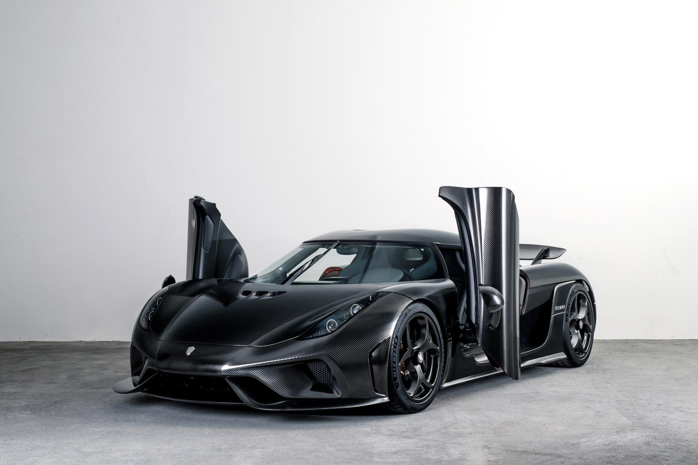 "Prvi automobil napravljen od ""golog"" karbona (GALERIJA)"
