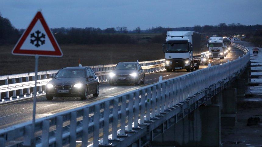 Nemačka vlada odbacuje ideju o ograničenju brzine na autoputevima