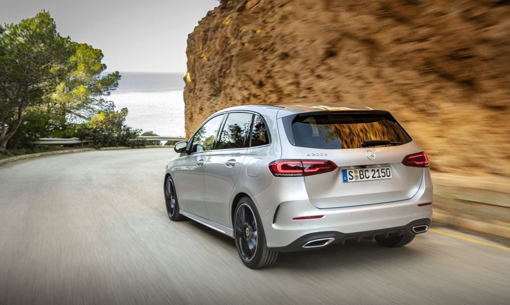 Novi Mercedes B klase startuje sa cenom od 31.874 evra
