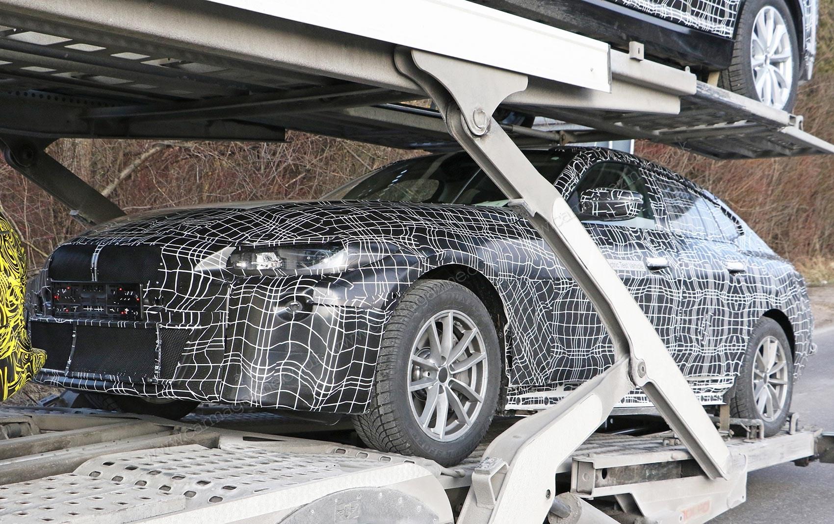 BMW i4 uhvaćen u objektiv špijunskog fotoaparata