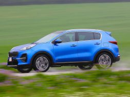2-kia-sportage-48v-2018-fd-hero-side