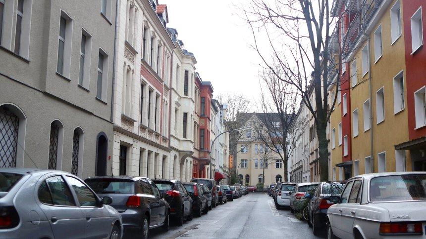 Nemački sud: Vlasnici nekretnina nemaju apsolutno pravo na zabranu parkiranja ispred svojih zdanja