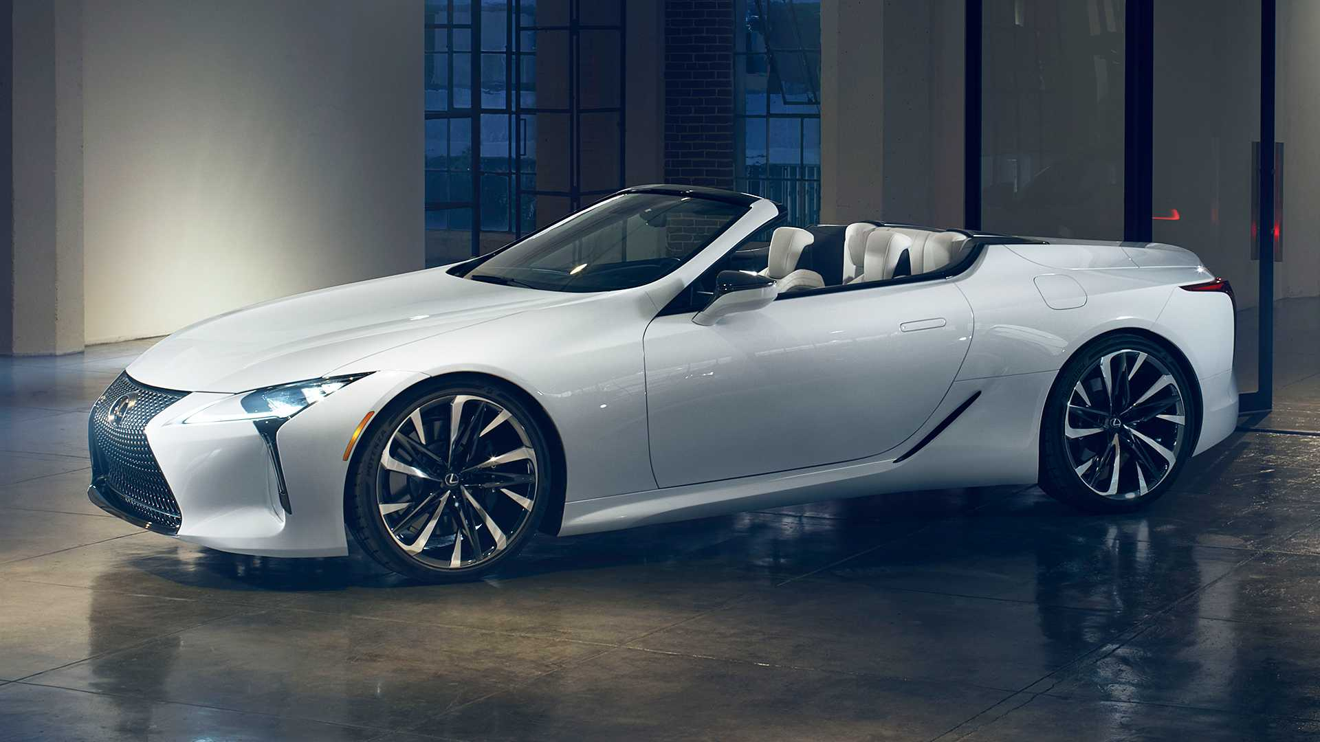 Prikazan Lexus LC Convertible koncept