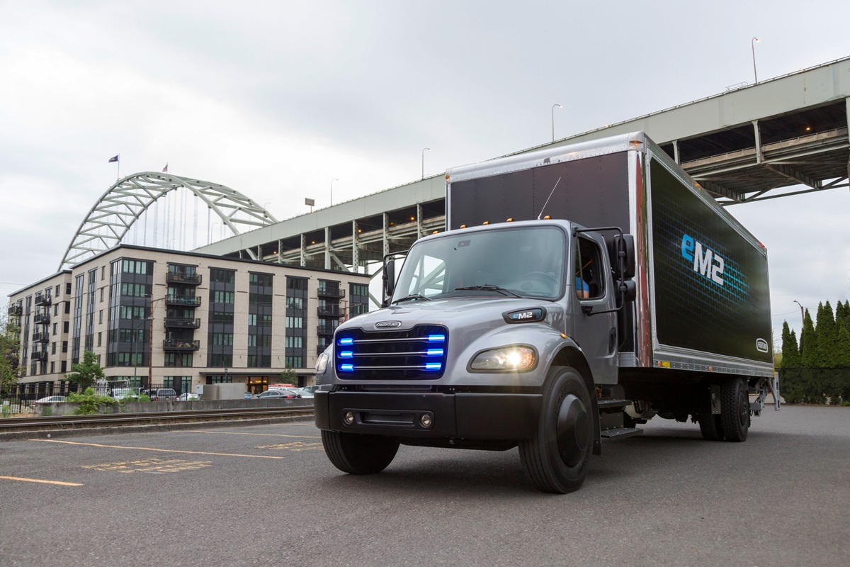 Amerika: Rekordan broj stradalih u industriji prevoza robe kamionom