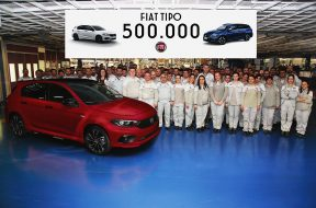 500000th-fiat-tipo-rolls-off-the-production-line-132636_1