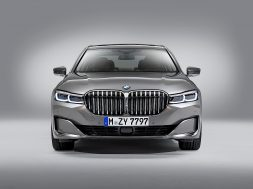 bmw-s-next-7-series-could-drop-v8-v12-engine-options-132512_1