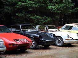 Abandoned_cars_at_Hatfield_Broad_Oak_Essex_England_01