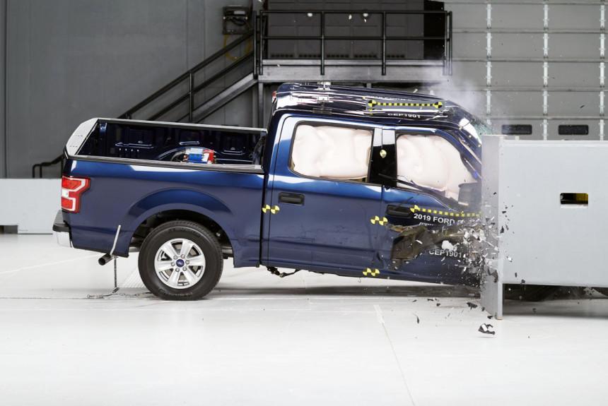 Zabrinjavajući rezultati testova sudara za pikap kamionete (VIDEO)