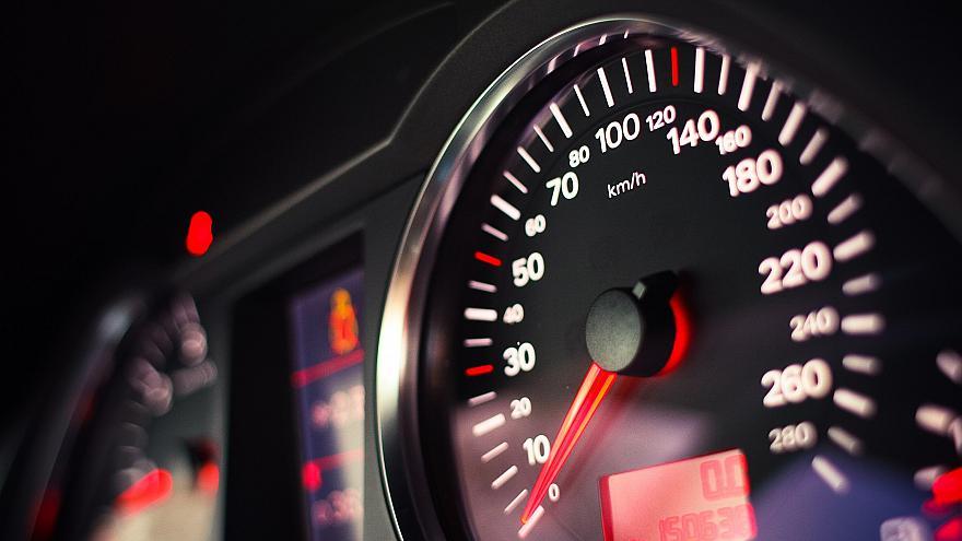 Obavezni limiteri brzine u svim novim automobilima u Evropi od 2022.