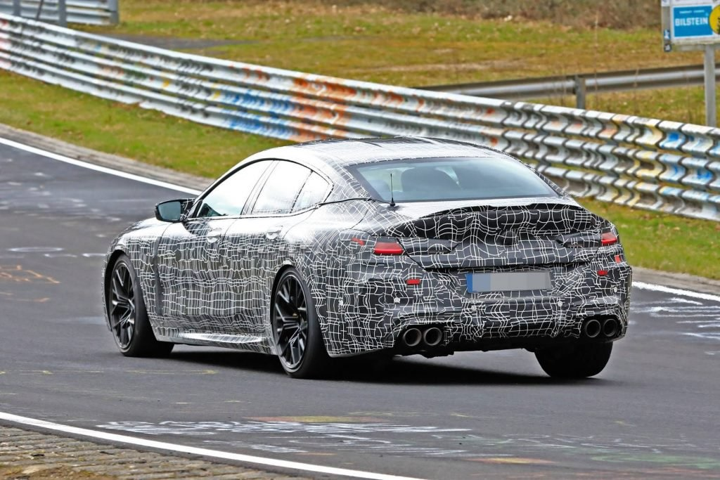 BMW M8 Gran Coupe na Nirburgringu uz interesantnog pratioca (VIDEO)
