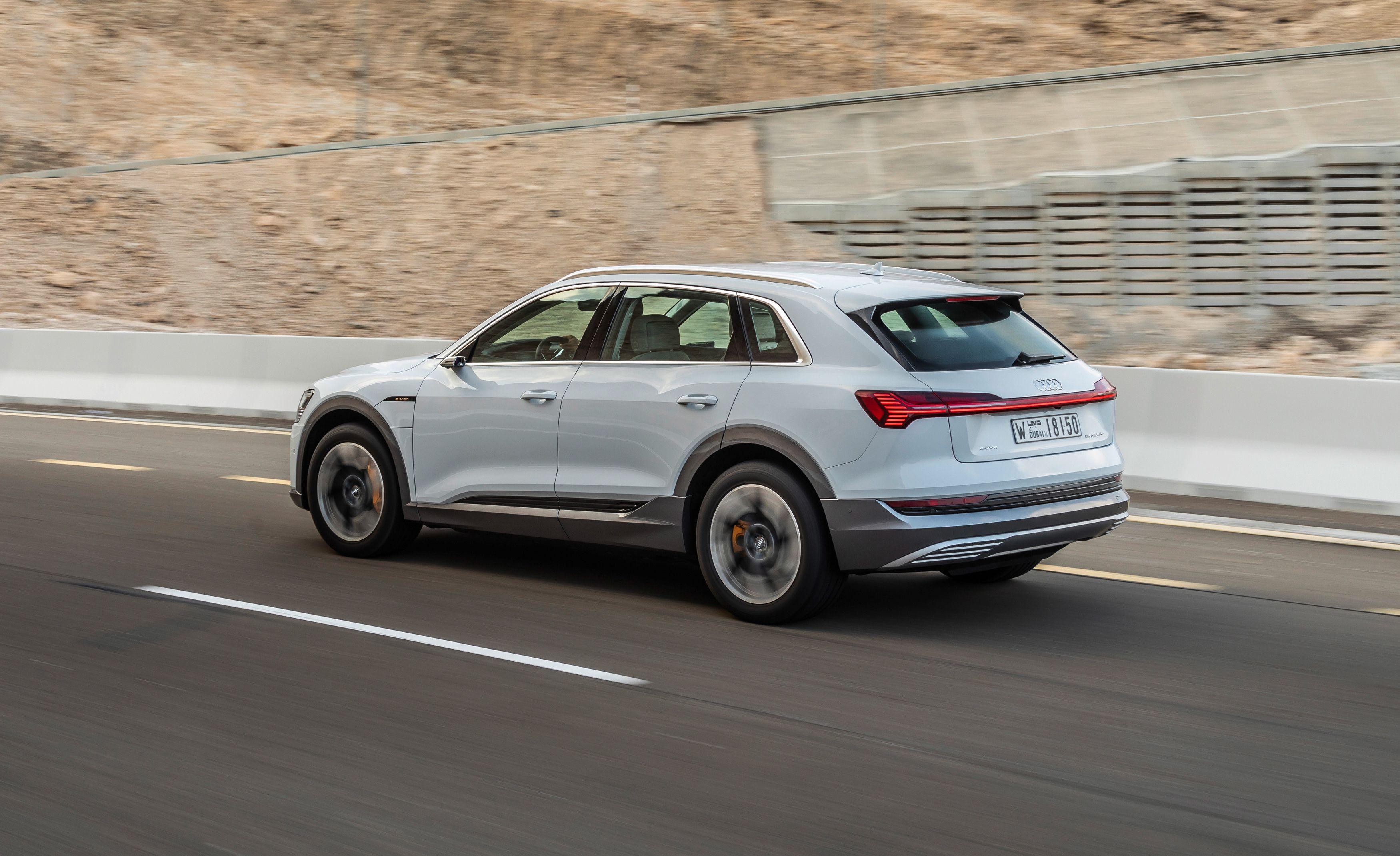 Audi e-tron dobio od EPA-e autonomiju od samo 330 kilometara
