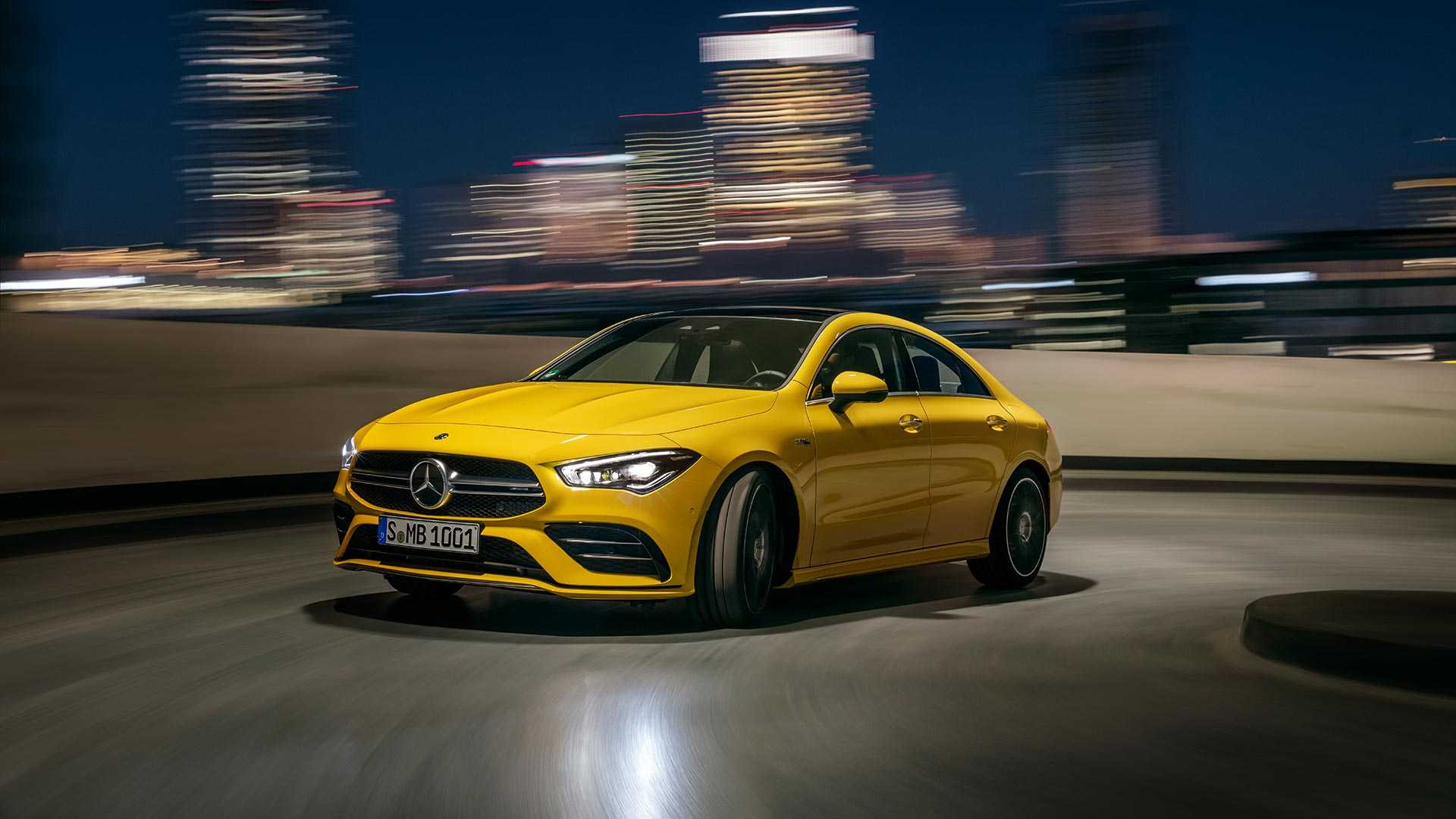 Mercedes-AMG CLA 35 u pokretnim slikama (VIDEO)