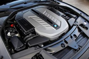 Motores-V12-BMW-Serie-7-16