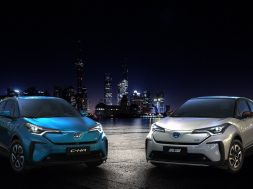 electric-toyota-c-hr-unveiled-in-china-looks-futuristic-133796_1