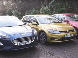 here-s-why-the-ford-focus-is-better-than-the-vw-golf-and-kia-ceed_2
