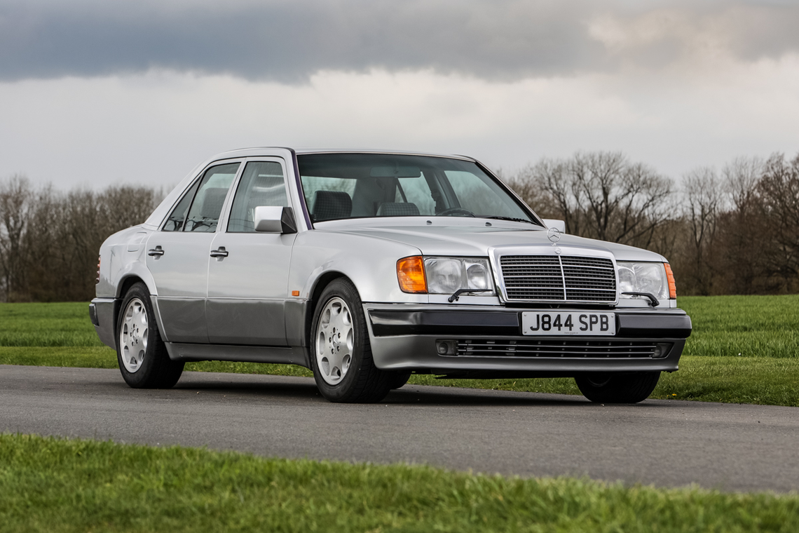 Mister Bin prodaje Mercedes-Benz 500E