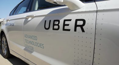 uber-driver-drops-couple-off-at-airport-returns-to-burglarize-their-home_4