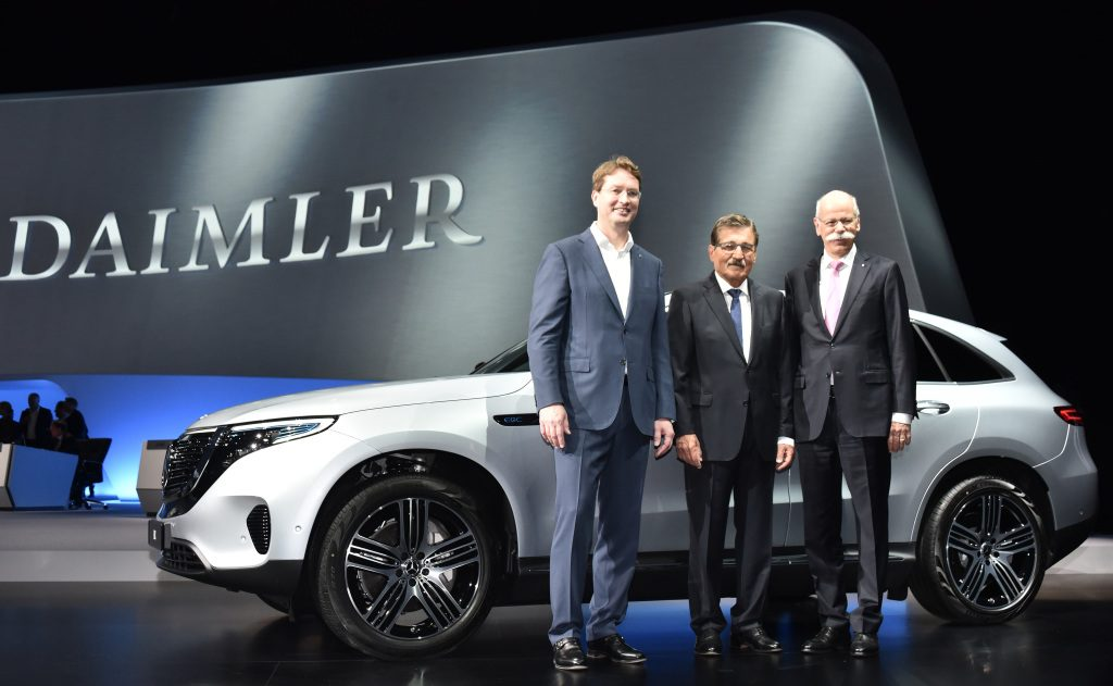 Investitori Daimlera ne žele Ditera Cečea na mestu predsednika kompanije
