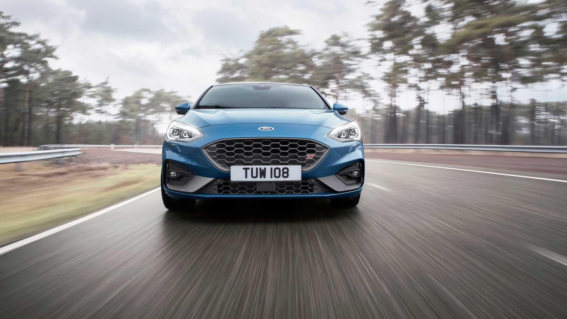 """Novi Ford Focus ST do """"stotke"""" za samo 5,7 sekundi (VIDEO)"""
