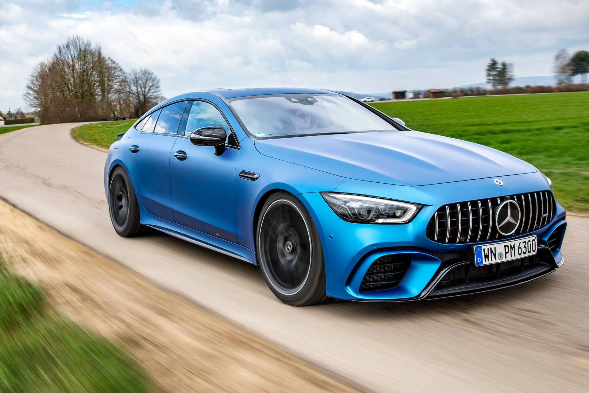 Mercedes-AMG-ov kupe u ubrzanju poput hiperautomobila (VIDEO)