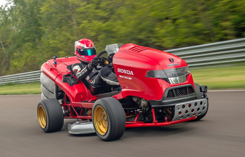 Honda predstavila novu najbržu kosilicu za travu na svetu