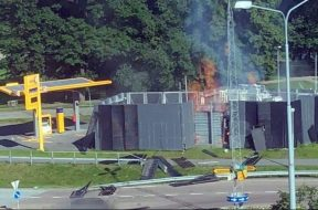 Hydrogen-fuel-cell-station-explosion-e1560258441849