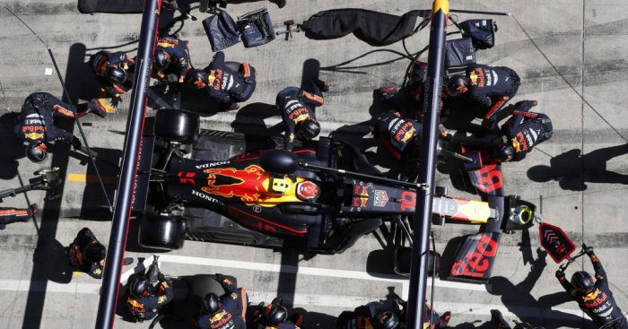 Red Bull postavio novi rekord u brzini zamene pneumatika (VIDEO)