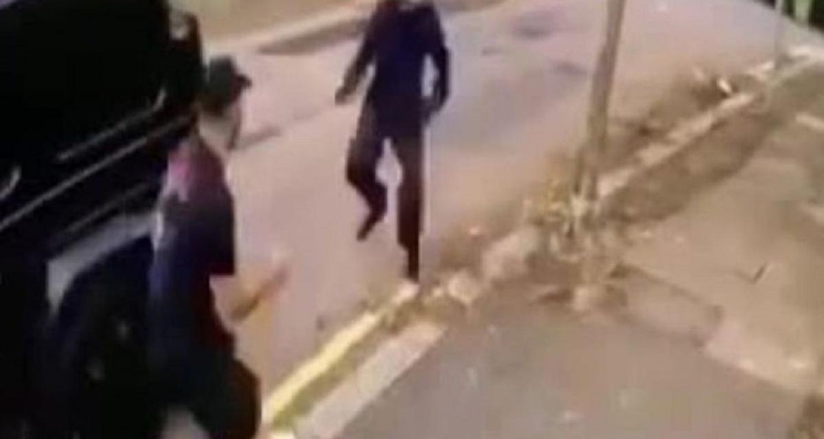 Sead Kolašinac spasio od razbojnika Mesuta Ozila i njegov Mercedes G klase (VIDEO)