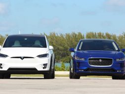 2019-jaguar-i-pace-vs-2018-tesla-model-x-comparison