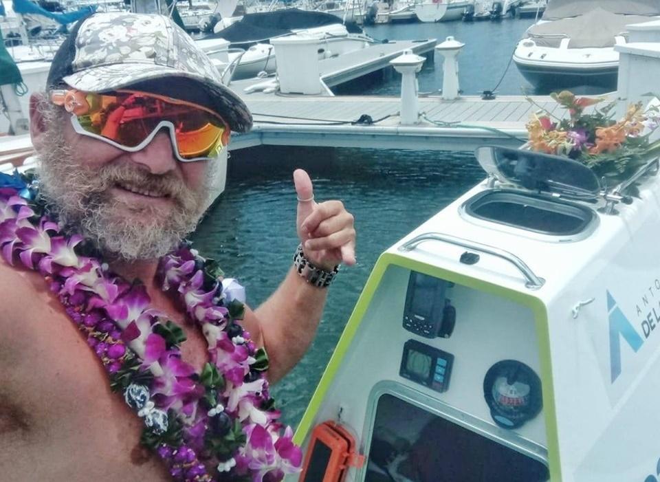 Pedesetogodišnji Španac odveslao od Kalifornije do Havaja (VIDEO)