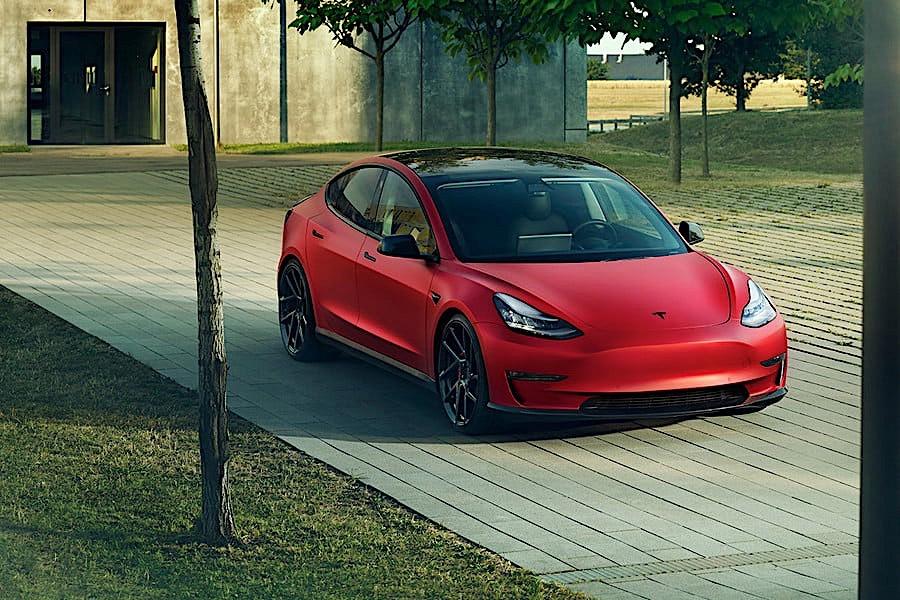 Tesla Model 3 u Novitecovom izdanju (GALERIJA)